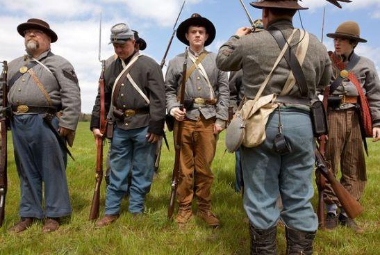 civil-war-reenactment-2_16822_600x450
