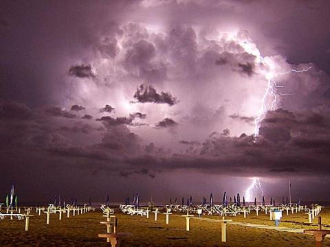 Storm Smarts: Interesting Facts about Thunder and Lightning