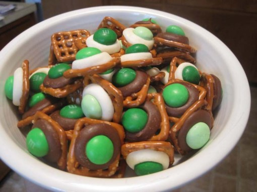 Chocolate Topped Pretzels with M&Ms