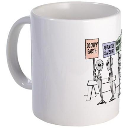 Alien Mug Front