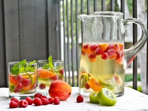 H2Ohhhh Yes: Our Favorite Fruit-Infused Water Recipes