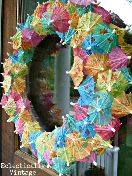 DIY Cocktail Umbrella Tiki Wreath