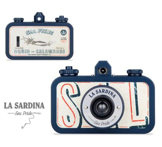 sea-pride-lomography-camera