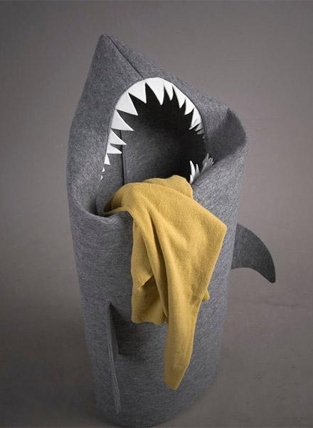072712_shark_hamper_2