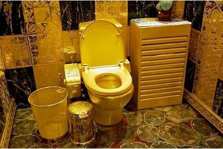 Gold Crapper