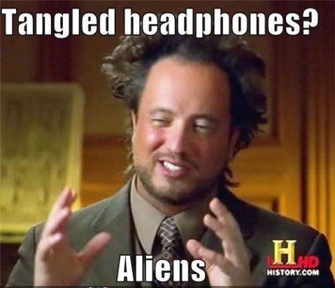 tangled-headphones-funny-meme-aliens