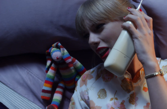 taylor-swift-we-are-never-ever-getting-back-together-