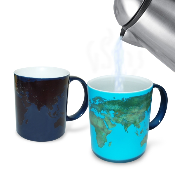 Day and Night Morphing Mug