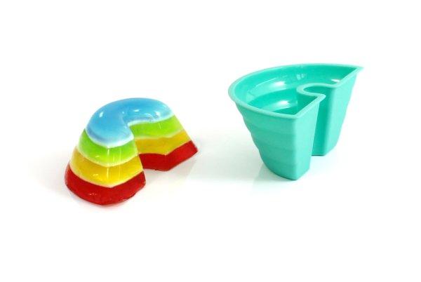 Rainbow jelly mold