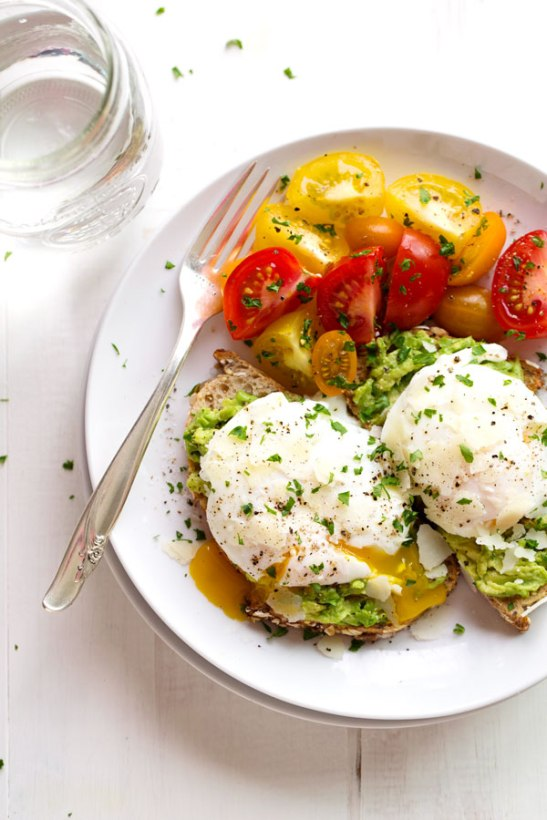 Simple Poached Egg Avocado Toast
